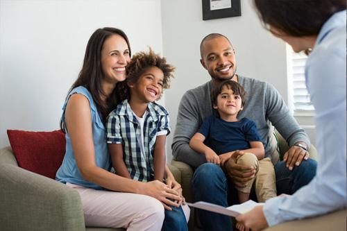 enfoque-psicologos-tratamiento-familias